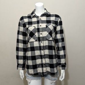 🌻5/15$ Forever 21 black white plaid button up